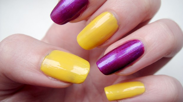 p2 vegan nagellack flirtin purple summer attack swatch sunshine yellow pool side party (1)