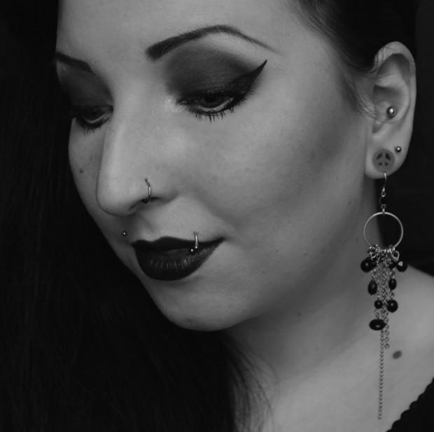 gothic amu make up vegan goth black schwarz