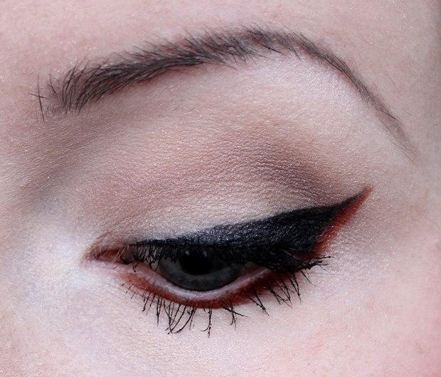 amu make up red rot vegan cruelty free red eyeliner erbse fotd 1