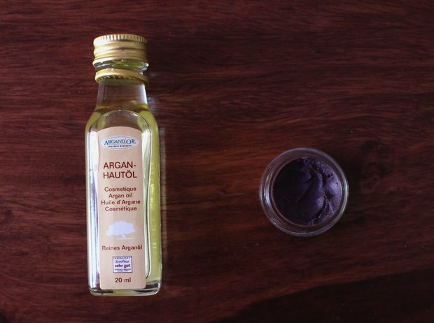 Gesichtspflege vegan Layering Japan Schritt 5 6 Hautöl Gesichtsöl Arganöl Lippen Sheabutter Augenpflege