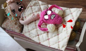 vegan menstruation periode menstruationsbeschwerden schmerzen pms uterus cuterus 1