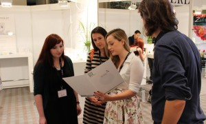 on beauty messe frankfurt villa kennedy naturkosmetik erbse mandy huth vegan thumbnail henrik
