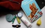 Reisebegleiter vegan naturkosmetik kosmetik tense uhr rucksack ohne leder lederimitat yoah farfalla lunette menstruationstasse upcycling unterwegs alterra jean len saga deocreme