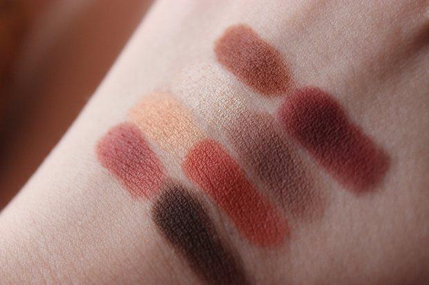 lime crime venus palette swatch red eyeshadow vegan kosmetik erbse