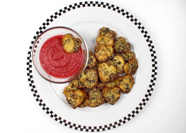 Herz Kartoffeln Rote Beete Dip vegan Rezept Erbse Denns Bio Blog (1)