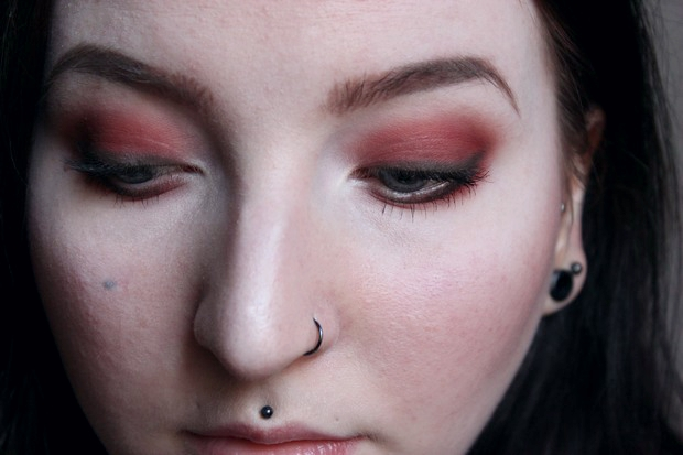 red eyeshadow roter lidschatten just one sip uoga uoga (1)