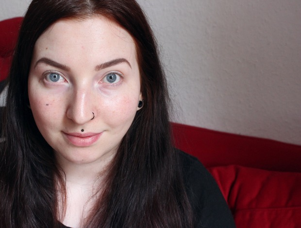 Alterra Nude Perfection Rossmann limitierte Edition LE vegan Naturkosmetik Swatch Swatches Lidschatten Concealer Mascara makeup vorher ungeschminkt